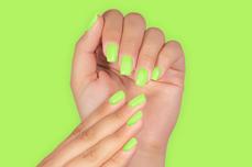 Jolifin LAVENI Shellac PeelOff - poisonous green 12ml