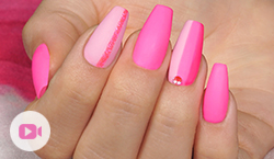 "Trendstyle Nailart: ""Trendsetter Pink"""